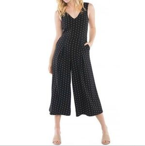 KENSIE wide leg palazzo jumpsuit size small
